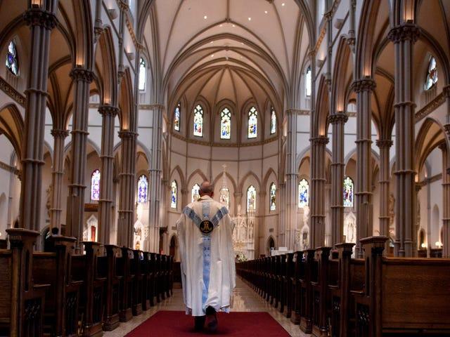 Pennsylvania Telah Membayar Hampir $ 84 Juta untuk Pendeta Korban Pelecehan Seksual