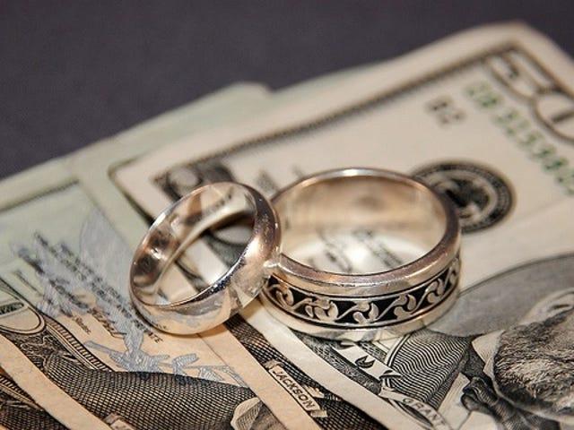 Tauschen Sie Ihre Geldgewohnheiten mit Ihrem Partner aus, um deren Standpunkt zu verstehen