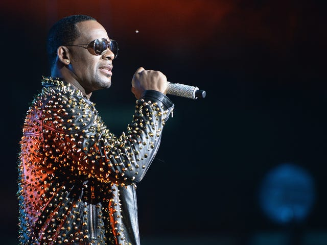 Could R. Kelly's New Song 'I Admit' Be Considered Evidence?