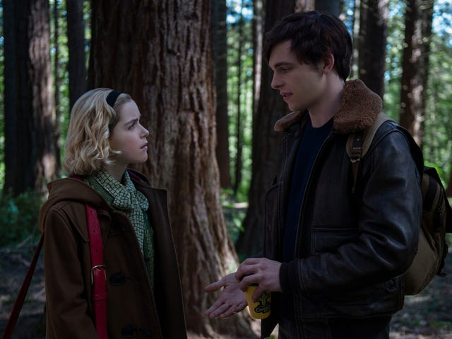 Chilling Adventures of Sabrina Is Getting a Haunting Holiday Special