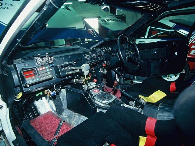 Tôi chỉ muốn một nội thất xe hơi trông như thế này, một chiếc xe Nissan 200SX Safari Rally 1988