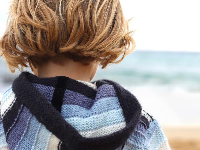 幼い子供が自殺について話す場合の対処方法