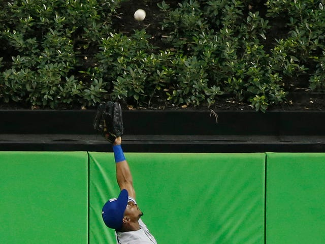 Jarrod Dyson Made The Home Run Robbery Of The Year