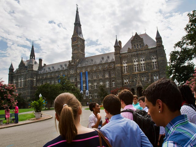 Georgetown University and Jesuits Issue Apologies for Their Role in Slavery