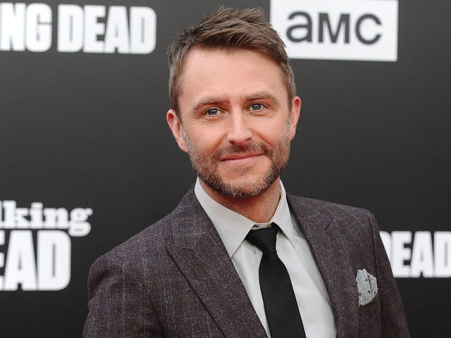Chris Hardwick gets emotional upon Talking Dead return, fails to mention staffers who quit