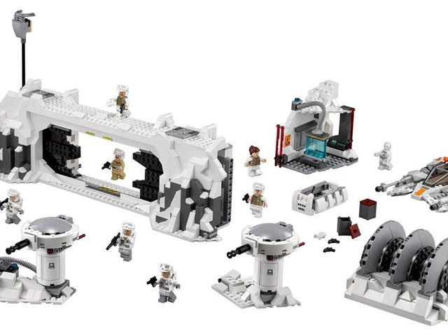 Lego Star Wars Returns to Hoth With This Amazing Playset