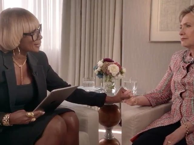 Mary J. Blige Singing To Hillary Clinton About Police Brutality Is As Awesome(ly Horrible) As It Sounds.