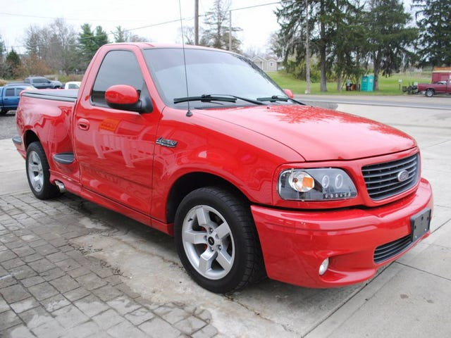 At $13,950, Are You Ready For This Custom 2001 Ford F150 Lightning To Strike?