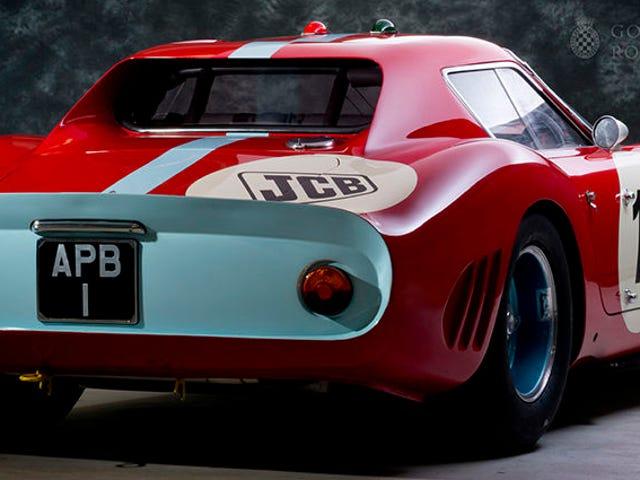 O que torna este Ferrari 250 GTO único é que ele é dirigido regularmente