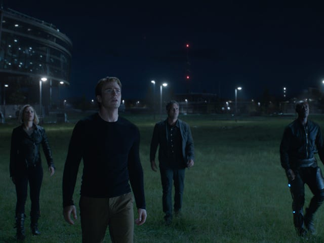The (Spoiler-Free) First Reactions to Avengers: Endgame Are Here!