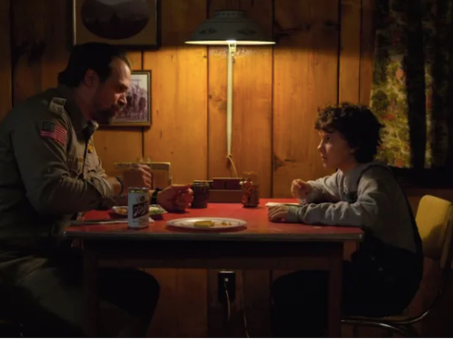 "Stranger Things' David Harbour thought the show would be a ""disaster"""