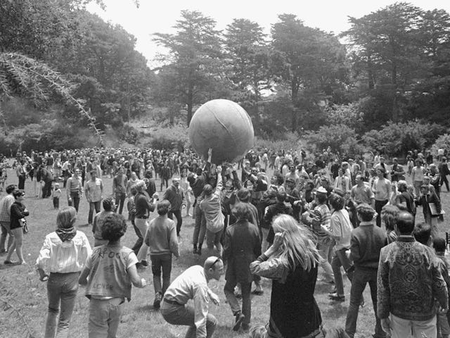 Remember When San Francisco Was Associated With Hippies Instead of Tech Zillionaires?