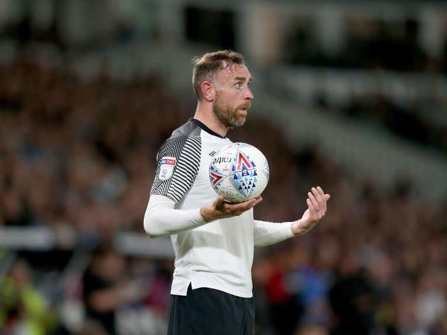 Derby County Kapten Richard Keogh Keluar Untuk Musim Kerana Kecederaan yang Menderita Dalam Kemalangan Kereta Drunken