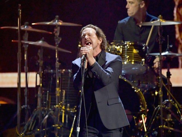 Pearl Jam suspends North American tour because of coronavirus