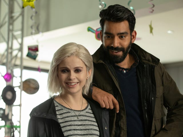 """In """"Death Moves Pretty Fast,"""" the past is the secret of iZombie's success"""