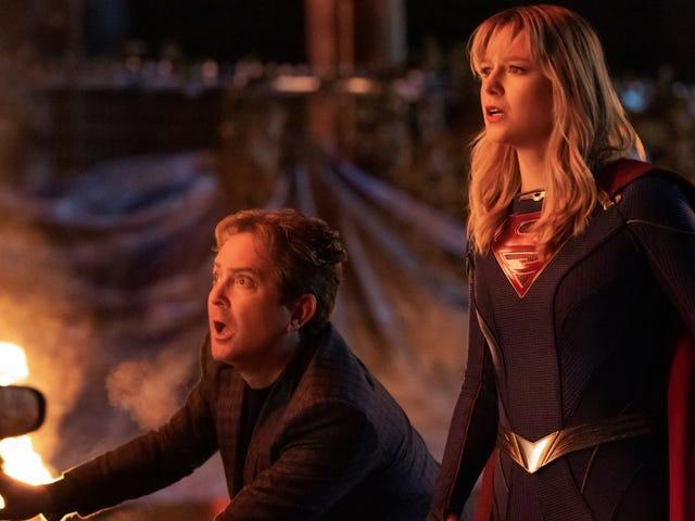 El episodio 100 de Supergirl abordó su relación más divisiva