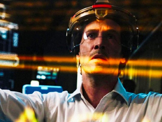 Keanu Reeves' Family Is All Clones in the First Trailer for Replicas