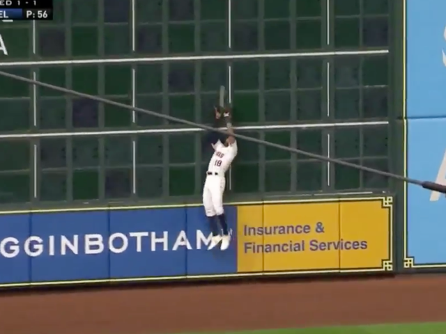 Five-Foot-Six Tony Kemp Saves Multiple Runs With A Full Extension Catch At The Wall