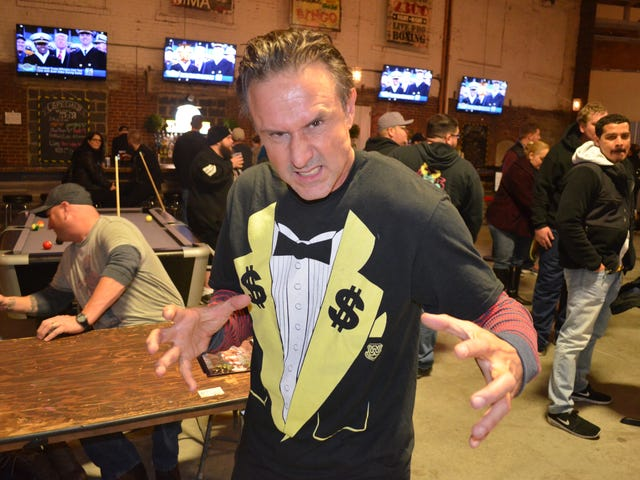 David Arquette Has Unfinished Business In The Wrestling Ring