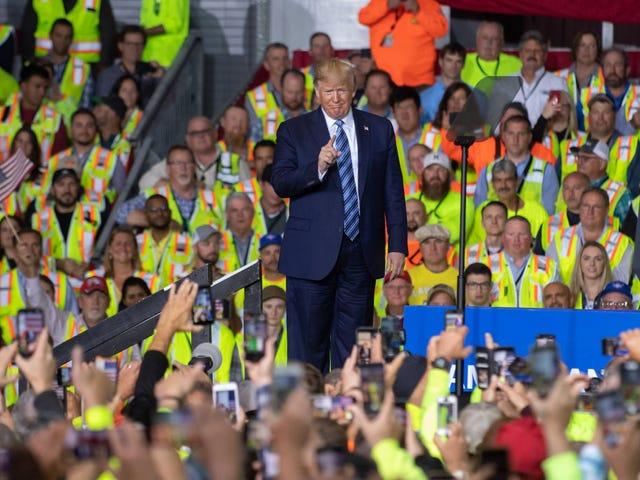 Trump fortsätter att ta kredit för evigt president Obamas arbete
