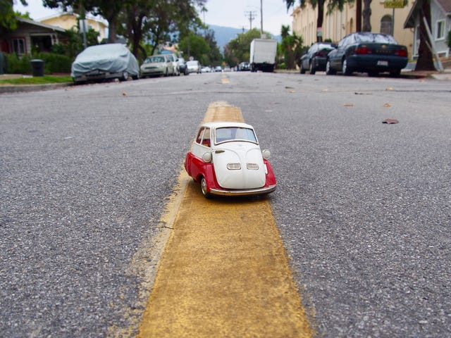 ///May - Tin Bubble: Bandai BMW Isetta 300