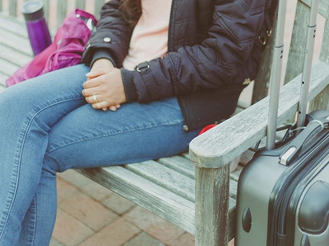 How to Temporarily Store Your Luggage When You're Staying at an Airbnb
