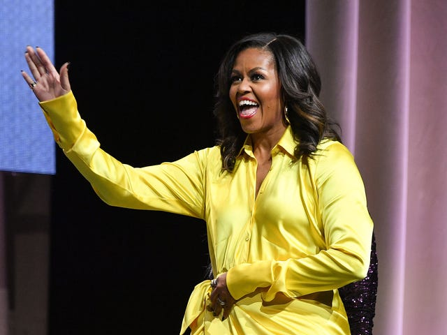 It's Official: Michelle Obama Is the Most Admired Woman in the World—and Keeps Paying It Forward