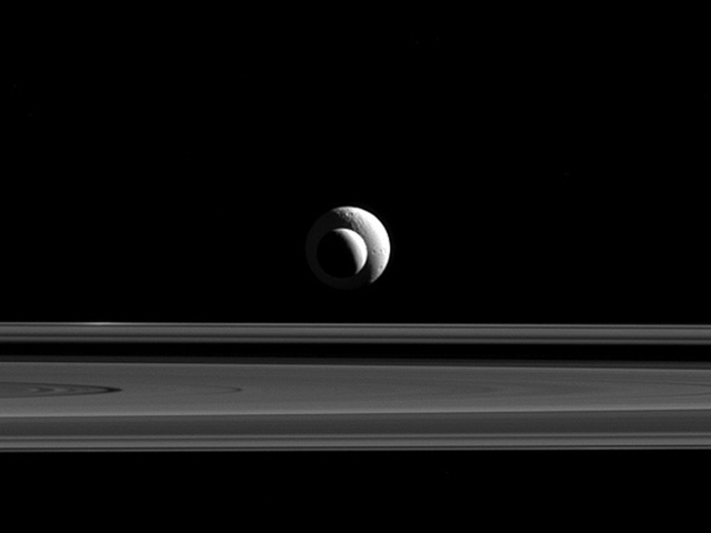 When Enceladus And Tethys Align, Fantastic Pictures Happen