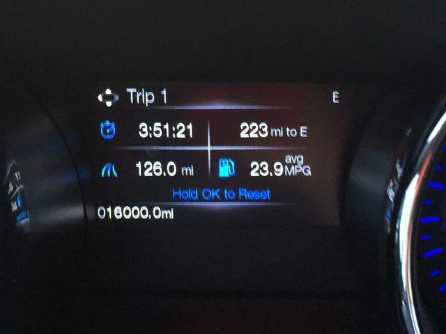 나는 많은 것을 운전한다.