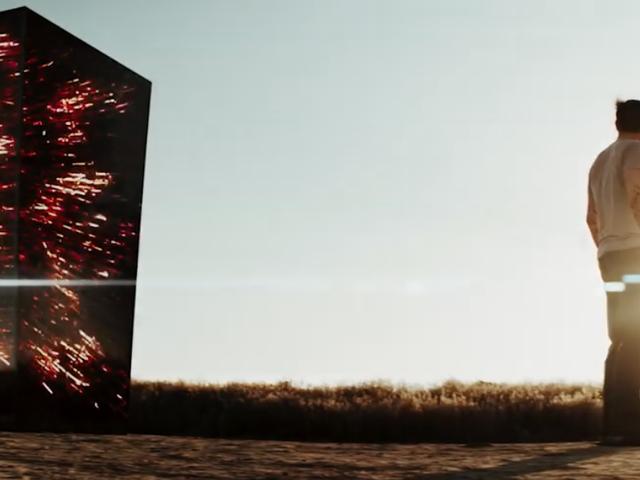 Il mondo è improvvisamente un posto molto poroso nel trailer dei portali horror di fantascienza