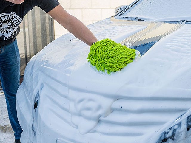 Silly Looks Aside, This Microfiber Mitt Is Great For Washing Your Car