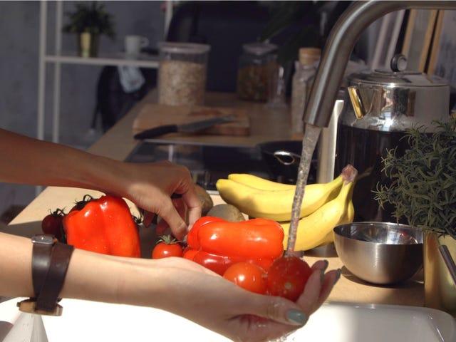 โปรดอย่าพยายามฆ่าเชื้อผักและผลไม้ของคุณ