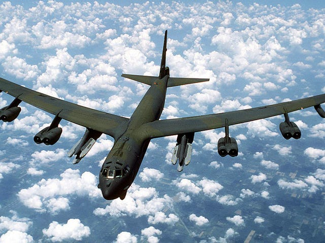 B-52 Lands Fine After Engine Falls Off in the Middle of a Goddamn Flight