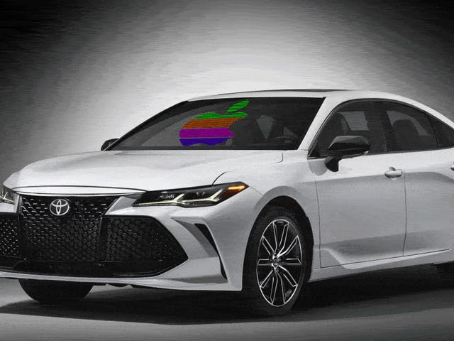 Toyota Partially Gives Up Their Fight Against What People Actually Want In Their Cars And Begins Support Of Apple CarPlay