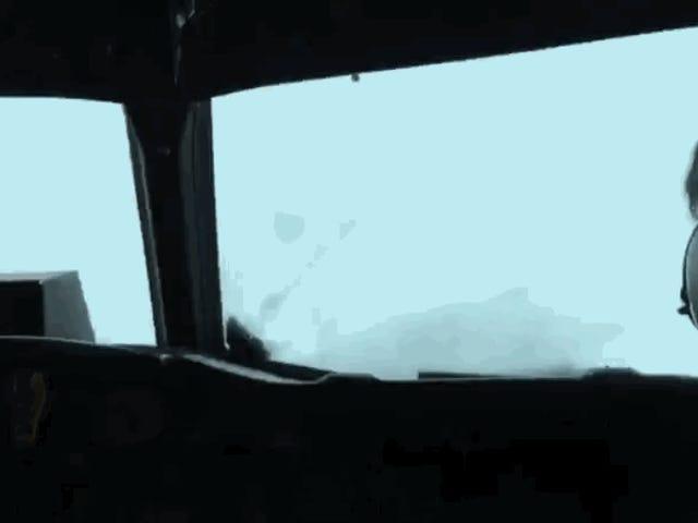 Cómo detectan las turbulencias los pilotos antes de los pasajeros entren en pánico en un avión