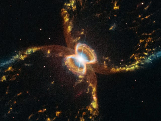 Hubble Telescope Turns 29, Shares Incredible Photo of Southern Crab Nebula to Celebrate