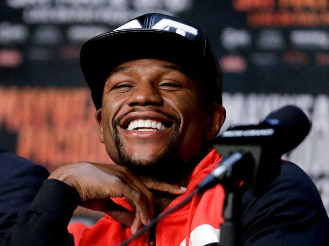Floyd Mayweather Jr. and Some White Irish UFC Guy Set to Fight in August
