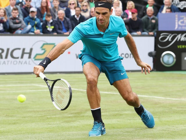 Roger Federer Has Returned To Grass, And His Backhand Winners Are Vintage