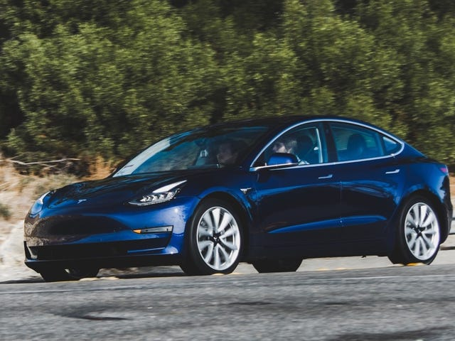 Tesla Switching To 24/7 Shifts To Push For 6,000 Model 3s Per Week By June, Elon Musk Says