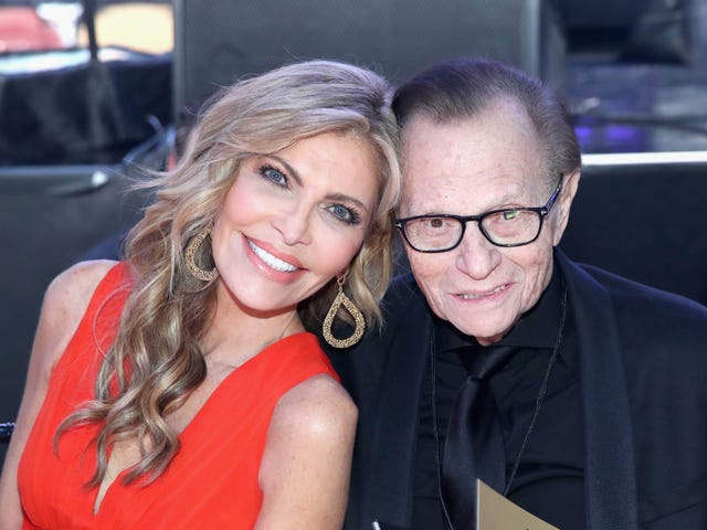 Ladies, Larry King Is Single Again