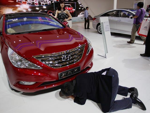 Le Salon de l'auto de Shanghai interdit les filles booth