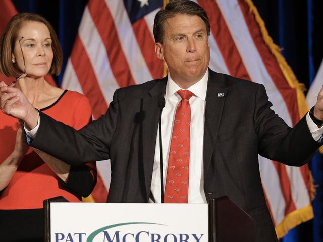 政治学者によると、ノースカロライナはもはや「民主主義」としての資格を持たない