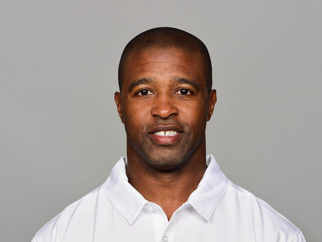 Panthers Defensive Backs Coach Resigns Amid Harassment Investigation [Update]