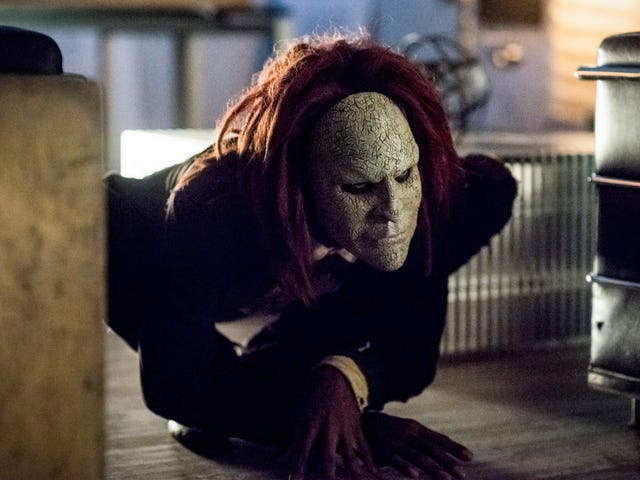 The Flash focuses on family drama but finds time for a creepy new foe