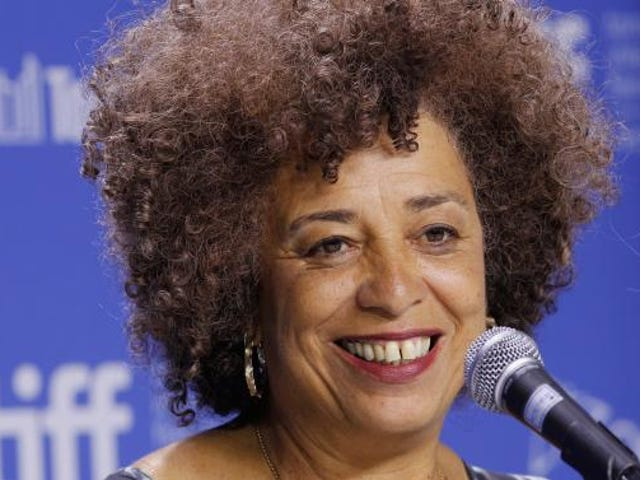 Bigger Than Incarceration: Angela Davis Talks Mass Criminalization, Mental Health and the War on Drugs