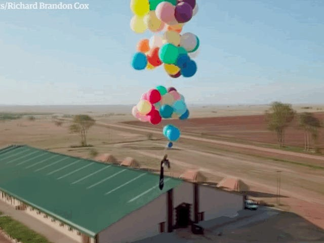 Man With Camping Chair And A Lot Of Helium Balloons Flies 8,000 Feet Into The Sky