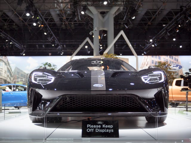 Stop Painting Auto Show Supercars Black