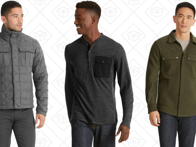 Get The Layering Pieces You Deserve With This Nau Sale