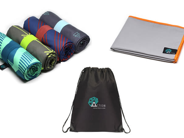 Black Friday Steal: Spar 50% på Acteon Microfiber Håndklæde + En Gratis Gym Håndklæde & Taske ($ 15)