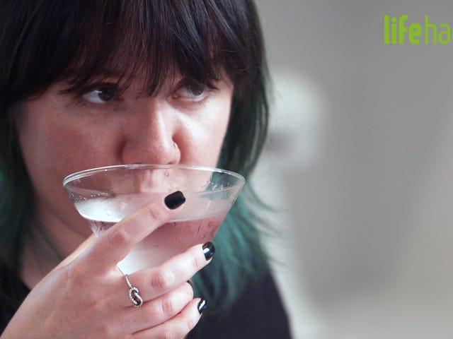 Machen Sie einen absolut schmutzigen Martini mit MSG